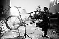 bike cleaning<br /> <br /> restday 2 in Burgos<br /> 2015 Vuelta à Espagna