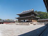 Thronhalle Injeongjeon im Changdeokgung Palast, Seoul, Südkorea, Asien, UNESCO-Weltkulturerbe<br /> throne hall Injeongjeon in palace Changdeokgung,  Seoul, South Korea, Asia UNESCO world-heritage