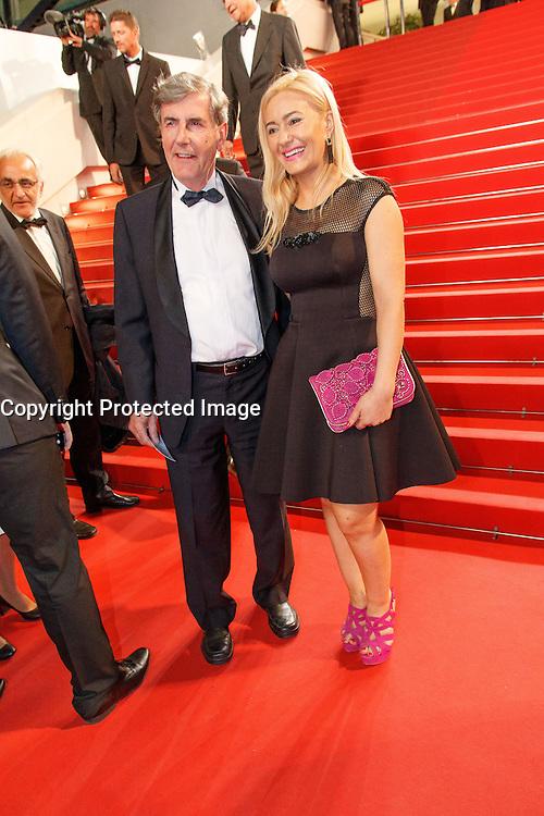 Bernard Menez arrive sur le tapis rouge pour la projection du film 'Juste la fin du monde' lors du 69ème Festival du Film à Cannes le jeudi 19 mai 2016.