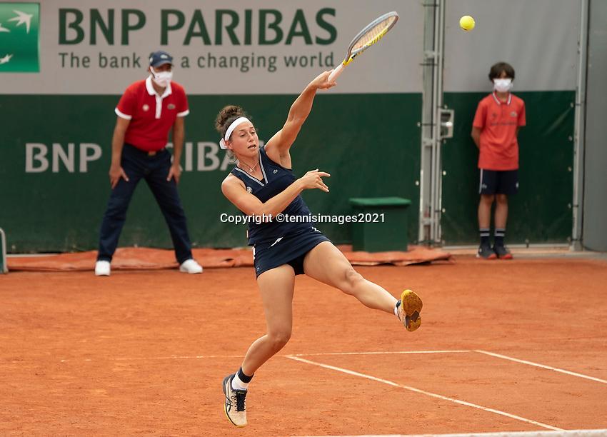 Paris, France, 2 june 2021, Tennis, French Open, Roland Garros, Womans doubles First round :  Rosalie van de Hoek (NED)<br /> Photo: tennisimages.com