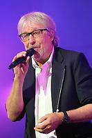 Christian Dingler (Cookie Dingler) lors de la tournÈe 'Stars 80, 10 ans dÈj‡ !' au Palais Nikaia ‡ Nice, le samedi 18 mars 2017. # TOURNEE 'STARS 80 - 10 ANS DEJA !' A NICE