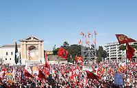 Manifestazione nazionale dei metalmeccanici della Fiom Cgil a Roma, 9 marzo 2012..Italian Fiom Cgi union's metalworkers demonstrate in Rome, 9 march 2012..UPDATE IMAGES PRESS/Riccardo De Luca
