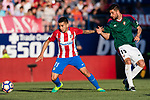 Angel Correa of Atletico de Madrid (L) in action during the La Liga match between Atletico de Madrid vs Osasuna at the Estadio Vicente Calderon on 15 April 2017 in Madrid, Spain. Photo by Diego Gonzalez Souto / Power Sport Images