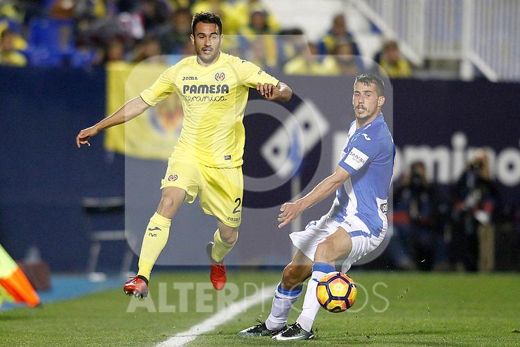 CD Leganes' Gabriel Pires (r) and Villarreal CF's Mario Gaspar during La Liga match. December 3,2016. (ALTERPHOTOS/Acero)