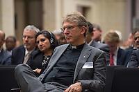 """BMZ-Konferenz """"Religion und die Agenda 2030 fuer nachhaltige Entwicklung"""".<br /> Im Bild: Pastor Dr. Olav Fykse Tveit, Generalsekretaer des Oekumenischen Rates der Kirchen (OeRK).<br /> 17.2.2016, Berlin<br /> Copyright: Christian-Ditsch.de<br /> [Inhaltsveraendernde Manipulation des Fotos nur nach ausdruecklicher Genehmigung des Fotografen. Vereinbarungen ueber Abtretung von Persoenlichkeitsrechten/Model Release der abgebildeten Person/Personen liegen nicht vor. NO MODEL RELEASE! Nur fuer Redaktionelle Zwecke. Don't publish without copyright Christian-Ditsch.de, Veroeffentlichung nur mit Fotografennennung, sowie gegen Honorar, MwSt. und Beleg. Konto: I N G - D i B a, IBAN DE58500105175400192269, BIC INGDDEFFXXX, Kontakt: post@christian-ditsch.de<br /> Bei der Bearbeitung der Dateiinformationen darf die Urheberkennzeichnung in den EXIF- und  IPTC-Daten nicht entfernt werden, diese sind in digitalen Medien nach §95c UrhG rechtlich geschuetzt. Der Urhebervermerk wird gemaess §13 UrhG verlangt.]"""
