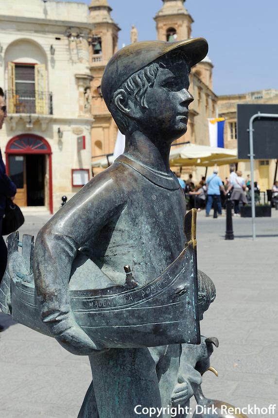 Bronzw-Skulptur in Marsaxlokk, Malta, Europa