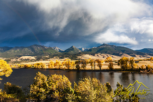 The Yellowstone River and the Gallatin Range beyond on a fine autumn day.