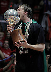 Caja Laboral Baskonia's Tiago Splitter celebrates the victory in the ACB Finals. June 15,2010. (ALTERPHOTOS/Acero)