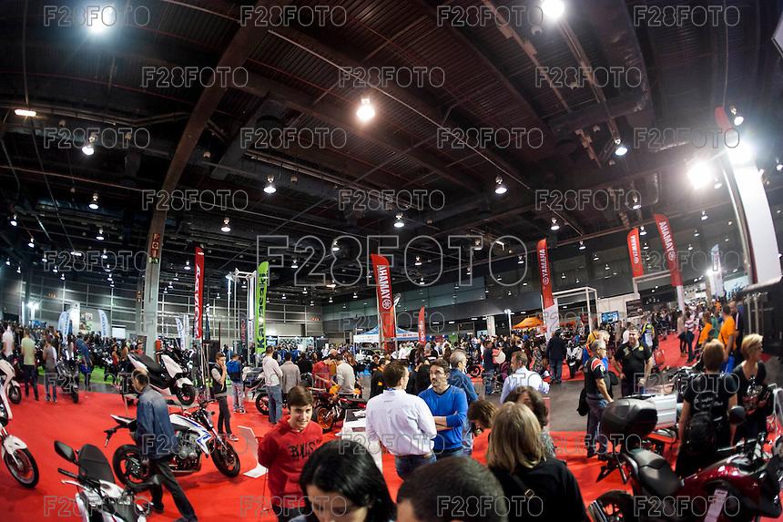 VALENCIA, SPAIN - NOVEMBER 7:  during DOS RODES at Feria Valencia on November 7, 2015 in Valencia, Spain