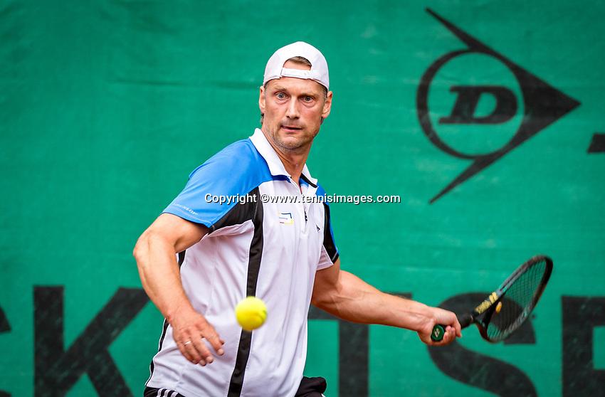 Hilversum, The Netherlands,  August 20, 2021,  Tulip Tennis Center, NKS, National Senior Tennis Championships, Men's 45+, Marcel van Velsen (NED)<br /> Photo: Tennisimages/Henk Koster
