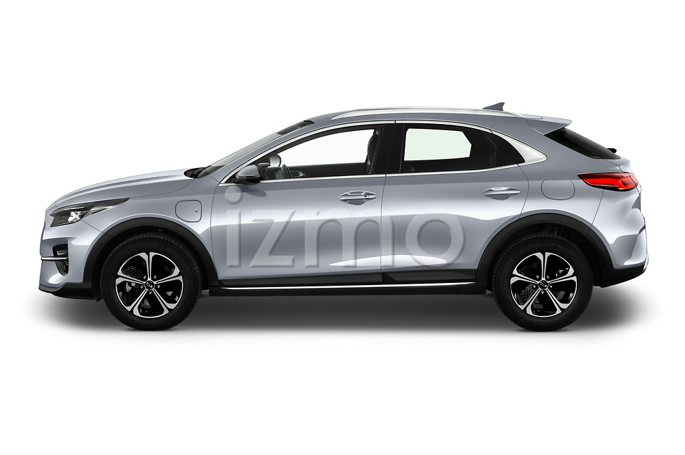 Car Driver side profile view of a 2020 KIA XCeed-PHEV Business-Line 5 Door SUV Side View