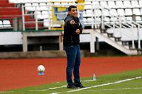 MANIZALES - COLOMBIA, 11-09-2021:Francesco Stifano director técnico de Águilas Doradas gesticula durante partido por la fecha 9 entre Once Caldas y Aguilas Doradas como parte de la Liga BetPlay DIMAYOR II 2021 jugado en el estadio Palogrande de la ciudad de Manizales /  Francesco Stifano  coach of Aguilas Doradas  gestures during Match for the date 9 between Once Caldas  and Aguilas Doradas  as part of the BetPlay DIMAYOR League II 2021 played at Palogrande stadium in Manizales city. Photo: VizzorImage / John Jairo Bonilla / Contribuidor
