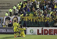 TUNJA - COLOMBIA -06-02-2016: Los jugadores Atletico Bucaramanga, celebran el gol anotado a Patriotas FC, durante partido Patriotas FC y Atletico Bucaramanga, por la fecha 2 de la Liga de Aguila I 2016 en el estadio La Independencia en la ciudad de Tunja / The players of Atletico Bucaramanga, celebrate a scored goal to patriotas FC, during a match Patriotas FC and Atletico Bucaramanga, for date 2 of the Liga de Aguila I 2012 at La Independencia stadium in Tunja city. Photo: VizzorImage  /  Cesar Melgarejo / Cont.