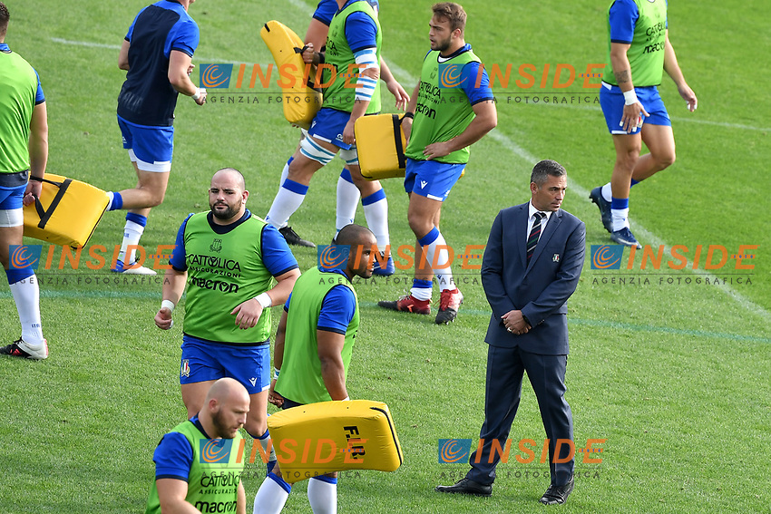 Italian team head coach Franco Smith attends the warm up prior to the rugby Autumn Nations Cup's match between Italy and Scotland at Stadio Artemio Franchi on November 14, 2020 in Florence, Italy. Photo Andrea Staccioli / Insidefoto