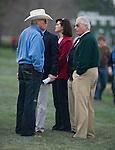 Hall of Fame QB Terry Bradshaw talks with Hall of Fame trainer D. Wayne Lukas.
