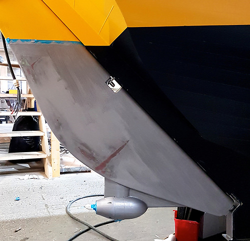 The Torqueedo power pod may be mounted in and on the lower trailing edge of the rudder, but it is located in such a way that the propeller is working in clear water for maximum thrust