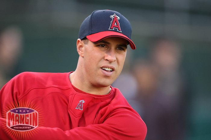 OAKLAND, CA - SEPTEMBER 17:  Mark Teixeira of the Los Angeles Angels of Anaheim takes batting practice before the game against the Oakland Athletics at the McAfee Coliseum in Oakland, California on September 17, 2008.  The Athletics defeated the Angels 3-2.  Photo by Brad Mangin