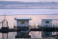 - the Po river near the Pavia town....- il fiume Po nei pressi di Pavia