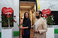 Rebecca Mir und Massimo Sinato - Frankfurt 14.02.2020: Duplo Liebesreise zum Valentinstag nach Paris