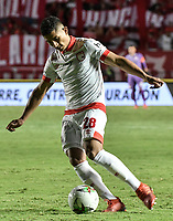CALI - COLOMBIA, 28-11-2019: Edwin Herrera del Santa Fe en acción durante partido por la fecha 6, cuadrangulares semifinales, de la Liga Águila II 2019 entre América de Cali e Independiente Santa Fe jugado en el estadio Pascual Guerrero de la ciudad de Cali. / Edwin Herrera of Santa Fe in action during match for the date 6, quadrangular semifinals, as part of Aguila League II 2019 between America de Cali and Independiente Santa Fe played at Pascual Guerrero stadium in Cali. Photo: VizzorImage / Gabriel Aponte / Staff