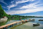 Germany, Bavaria, Upper Bavaria, Stegen at Ammer Lake: landing pier and footbridge