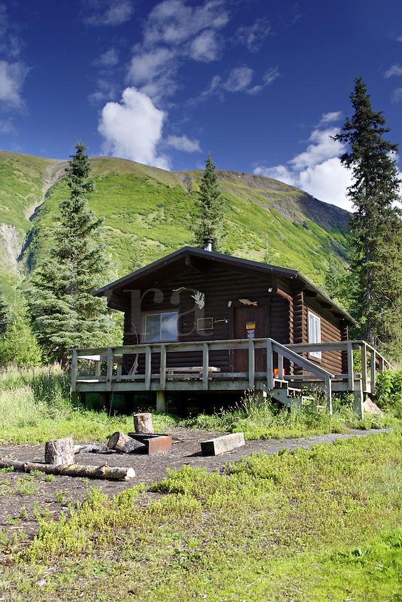 Barber Cabin, Lower Russian Lake, Russian Lakes-Resurrection River Trail, Kenai Peninsula, Chugach National Forest, Alaska.