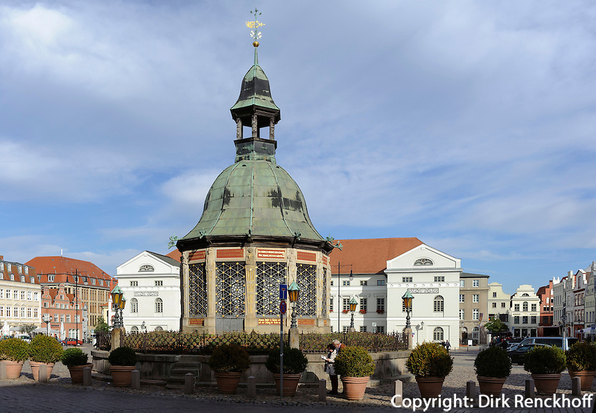 Wasserkunst aus dem 16.Jh. in Wismar, Mecklenburg-Vorpommern, Deutschland, UNESCO-Weltkulturerbe