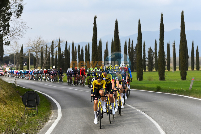 The peloton led by Team Jumbo-Visma during Stage 2 of Tirreno-Adriatico Eolo 2021, running 202km from Camaiore to Chiusdino, Italy. 11th March 2021. <br /> Photo: LaPresse/Marco Alpozzi | Cyclefile<br /> <br /> All photos usage must carry mandatory copyright credit (© Cyclefile | LaPresse/Marco Alpozzi)