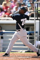 February 25, 2009:  First baseman Juan Miranda (72) of the New York Yankees during a Spring Training game at Dunedin Stadium in Dunedin, FL.  The New York Yankees defeated the Toronto Blue Jays 6-1.   Photo by:  Mike Janes/Four Seam Images