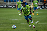 SAN JOSE, CA - OCTOBER 18: Yeimar Gomez Andrade #28 of the Seattle Sounders dribbles the ball during a game between Seattle Sounders FC and San Jose Earthquakes at Earthquakes Stadium on October 18, 2020 in San Jose, California.