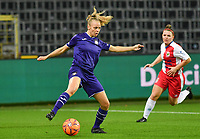 Anderlecht forward Sarah Wijnants (11) pictured in action during a female soccer game between RSC Anderlecht Dames and Northern Irish Linfield Ladies  in the first qualifying round for the Uefa Womens Champions League of the 2020 - 2021 season , Wednesday 4 th of November 2020  in ANDERLECHT , Belgium . PHOTO SPORTPIX.BE | SPP | DAVID CATRY