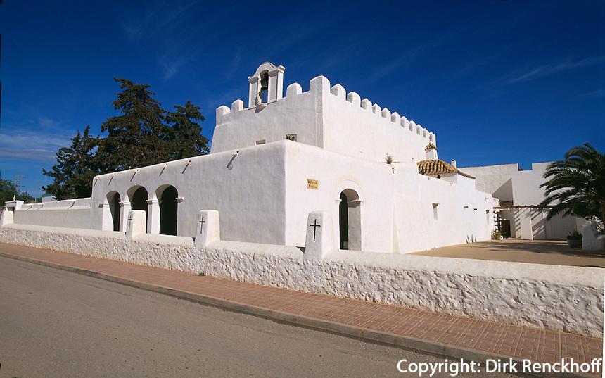 Spanien, Balearen, Ibiza, Wehrkirche in Sant Jordi de ses Salines