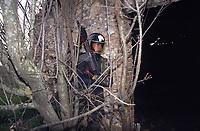 - Carabinieri of the helicopter-born Squadron Hunters of Aspromonte, specialized in the struggle against the organized crime  in Calabria, the Ndrangheta<br /> <br /> - Carabinieri dello Squadrone Elitrasportato Cacciatori di Aspromonte, specializzati nella lotta contro la criminalità organizzata in Calabria, la Ndrangheta