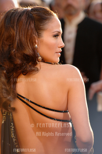 JENNIFER LOPEZ at the 64th Annual Golden Globe Awards at the Beverly Hilton Hotel..January 15, 2007 Beverly Hills, CA.Picture: Paul Smith / Featureflash