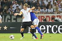 Bastian Schweinsteiger (Deutschland Germany) gegen Robin Lod (Finnland) - Deutschland vs. Finnland, Borussia Park, Mönchengladbach