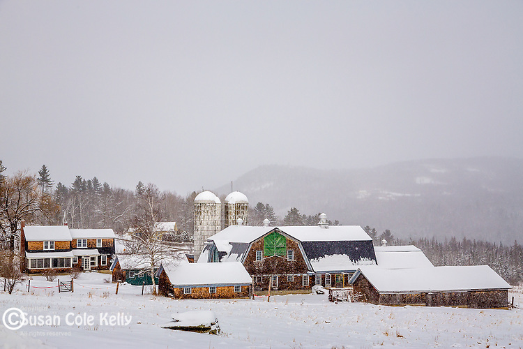 Winter scene in the White Mountains, Sugar Hill, New Hampshire, USA