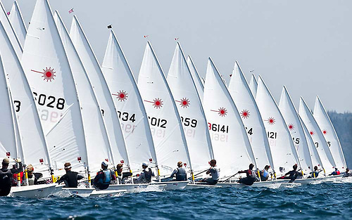 Now there's a real start……In pandemic circumstances, there are few healthier group sporting activities than big-fleet Laser racing – but problems arise when the fleet tries to get organised ashore.