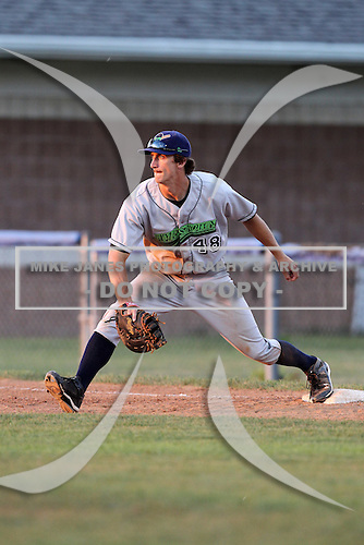 Jamestown Jammers first baseman Aaron Senne (48) during a game vs. the Batavia Muckdogs at Dwyer Stadium in Batavia, New York July 17, 2010.   Jamestown defeated Batavia 5-2.  Photo By Mike Janes/Four Seam Images