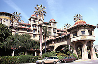 """Pasadena CA: Hotel Green, 50 E. Green St.  Raymond Frederick L. Roehrig, 1898, 1903. (The """"Bridge of Sighs"""" once spanned the street.)  Photo '87."""