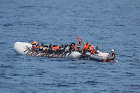 Sea Watch-2.<br /> Die Sea Watch-2 bei ihrer 13. SAR-Mission vor der libyschen Kueste.<br /> Im Bild: Ca. 160 Gefluechtete auf einem ueberfuellten Schlauchboot.<br /> 21.10.2016, Mediterranean Sea<br /> Copyright: Christian-Ditsch.de<br /> [Inhaltsveraendernde Manipulation des Fotos nur nach ausdruecklicher Genehmigung des Fotografen. Vereinbarungen ueber Abtretung von Persoenlichkeitsrechten/Model Release der abgebildeten Person/Personen liegen nicht vor. NO MODEL RELEASE! Nur fuer Redaktionelle Zwecke. Don't publish without copyright Christian-Ditsch.de, Veroeffentlichung nur mit Fotografennennung, sowie gegen Honorar, MwSt. und Beleg. Konto: I N G - D i B a, IBAN DE58500105175400192269, BIC INGDDEFFXXX, Kontakt: post@christian-ditsch.de<br /> Bei der Bearbeitung der Dateiinformationen darf die Urheberkennzeichnung in den EXIF- und  IPTC-Daten nicht entfernt werden, diese sind in digitalen Medien nach §95c UrhG rechtlich geschuetzt. Der Urhebervermerk wird gemaess §13 UrhG verlangt.]