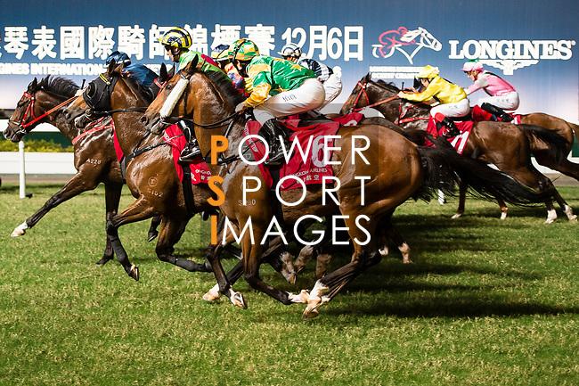 Jockey #6 Brett Prebble (R) riding Heroic Guru during the race 6 of Hong Kong Racing at Happy Valley Race Course on November 08, 2017 in Hong Kong, China. Photo by Marcio Rodrigo Machado / Power Sport Images
