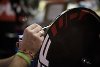 glueing the discwheels for new tubulars<br /> <br /> 2015 Gent 6