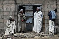 ETHIOPIA, Amhara region, Lalibela , monolith rock churches built by King Lalibela 800 years ago,  Yemrehana Krestos church / AETHIOPIEN Lalibela oder Roha, Koenig LALIBELI liess die monolithischen Felsenkirchen vor ueber 800 Jahren in die Basaltlava auf 2600 Meter Hoehe hauen und baute ein zweites Jerusalem nach, Yemrehana Krestos-Kirche