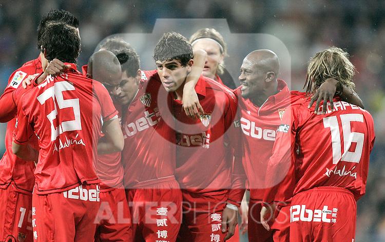 Sevilla's players celebrate during La Liga match March 06, 2010. (ALTERPHOTOS/Alvaro Hernandez)