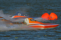 """Doug Martin,S-33 """"Keen's Sunday Money"""" and Alexis Weber, S-55 (2.5 Litre Stock hydroplane(s)"""