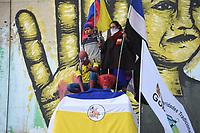 BOGOTA - COLOMBIA, 02-06-2021: Protestas en el sector de Los Héroes en Bogotá hoy, 02 de junio de 2021, al cumplirse 35 días del Paro Nacional en contra del gobierno de Ivan Duque en Colombia y la precaria situación Social y económica que se vive en el país. El paro que fue convocado por sindicatos, organizaciones sociales, estudiantes y la oposición se mantiene debido a la negativa del gobierno de sentarse a dialogar y el uso desproporcionado de la fuerza contra los manifestantes pacíficos. / Protests at Los Heroes sector in Bogota today, June 2, 2021, on the 35th day of the National Strike against the government of Ivan Duque in Colombia and the precarious social and economic situation in the country. The strike that was called by unions, social organizations, students and the opposition continues due to the government's refusal to sit down and dialogue and the disproportionate use of force against peaceful protesters. Photo: VizzorImage / Alejandra Zapata / Cont