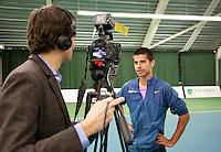 20-01-13, Tennis, Rotterdam, Wildcard for qualification ABNAMROWTT,  Fabian van der Lans bij Jan-Willem de Lange voor TV interview.