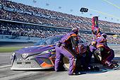 2017 NASCAR Monster Energy Cup - Daytona 500<br /> Daytona International Speedway, Daytona Beach, FL USA<br /> Sunday 26 February 2017<br /> Denny Hamlin, FedEx Express Toyota Camry pit stop<br /> World Copyright: Matthew T. Thacker/LAT Images<br /> ref: Digital Image 17DAY2mt1574