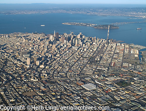 aerial photograph Mission District to Financial Center San Francisco, California