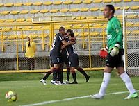 BOGOTA-COLOMBIA-03 -11-2013 : Harold Macias  del Atletico Junior celebar su gol contra de La Equidad Seguros , durante partido por la fecha 17 de la Liga Postobon II-2013 ,jugado en el estadio Metroplitano de Techo de la ciudad de Bogota./ Harold Macias of  Atletico Junior celebrates his goal against La Equidad Seguros , during match 17 date Postobon League II-2013, played at the Metropolitano Techo  Stadium Bogota City.Pohoito:VizzorImage / Felipe Caicedo / Staff